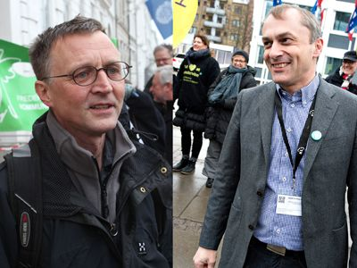 The teachers' union DLF, led by Anders Bondo Christensen (left), in grueling negotiations with Michael Ziegler (right) and KL (Photo: Scanpix)